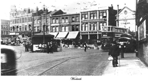 Postcard of Woolwich showing Beresford Square