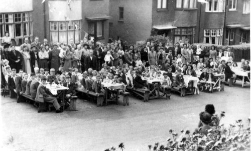 VE Day Party, Donaldson Road, Shooters Hill